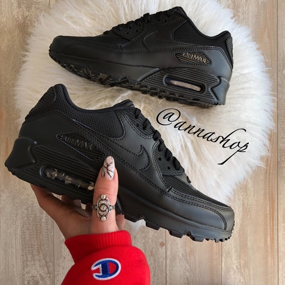 NWT Nike ID Custom Air Max 90 Triple Black NWT